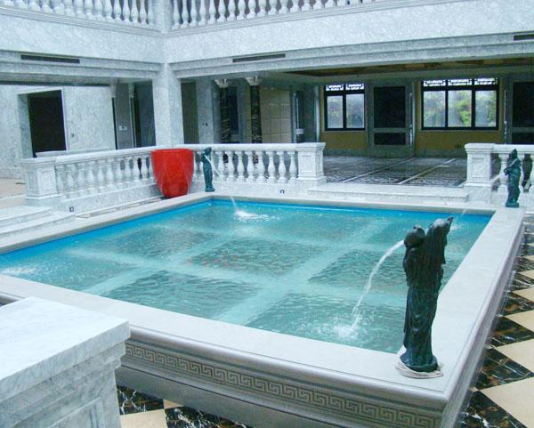 别墅亚克力楼板鱼池